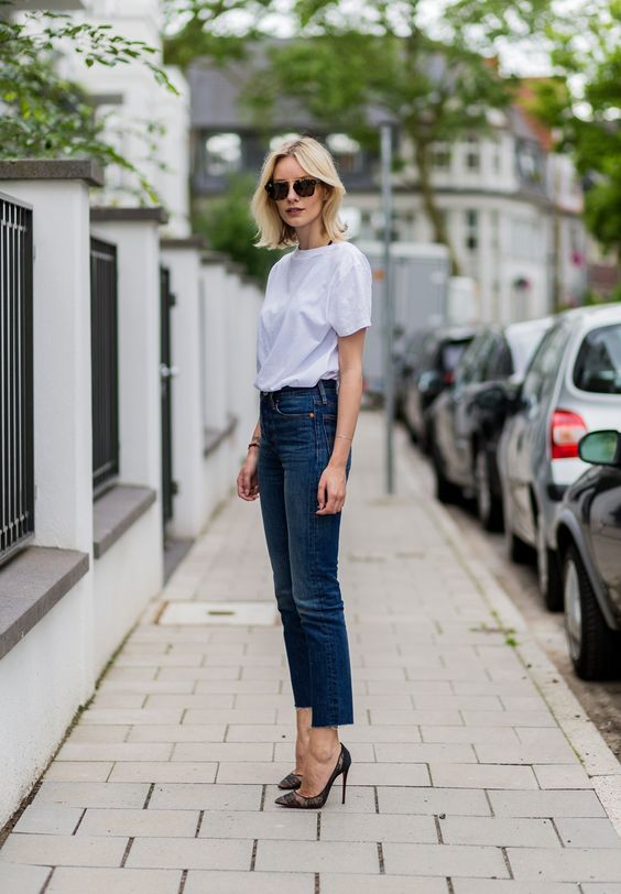 Street style look featuring cropped trousers