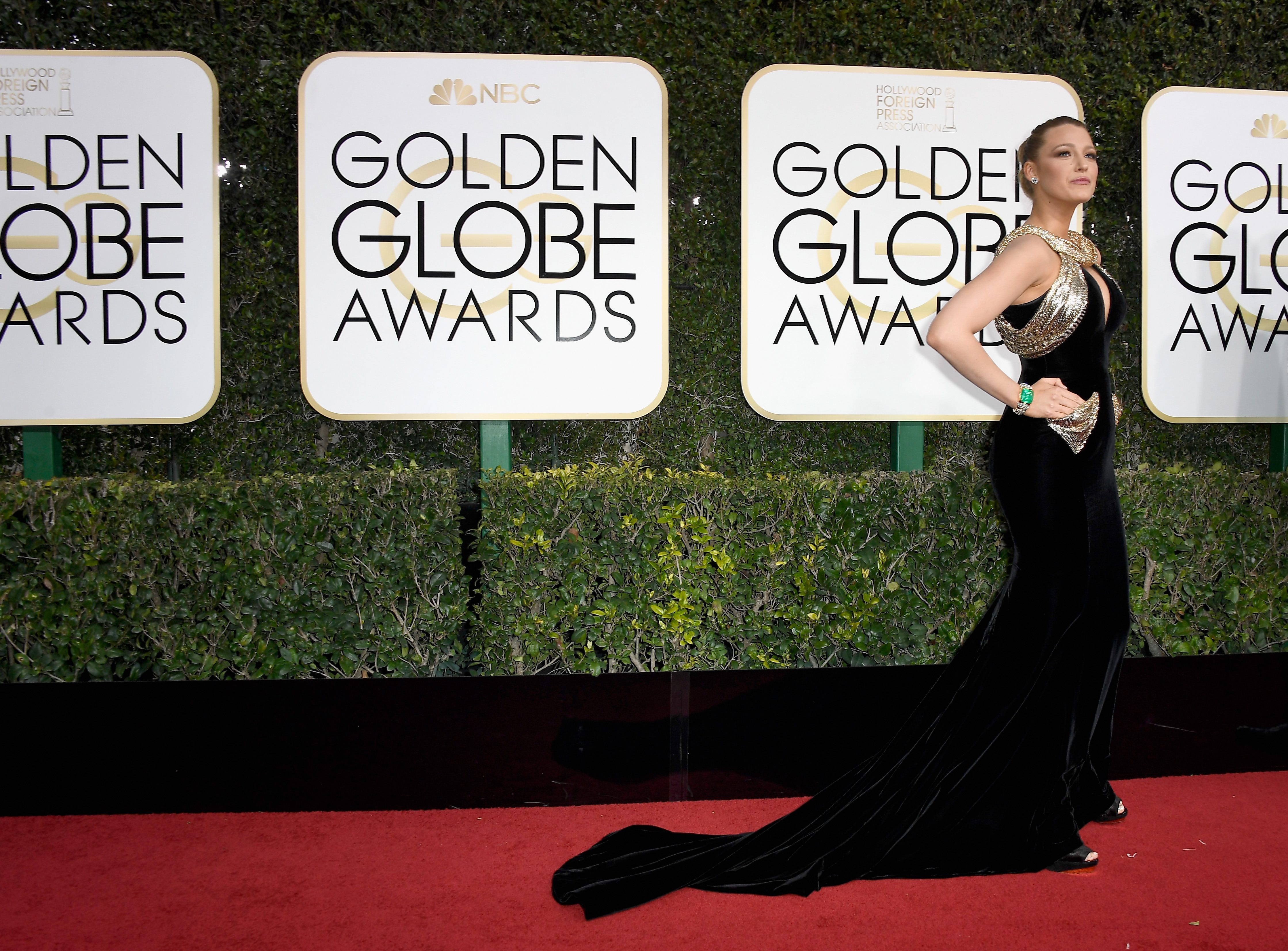 2017 Golden Globes Red Carpet Blake Lively