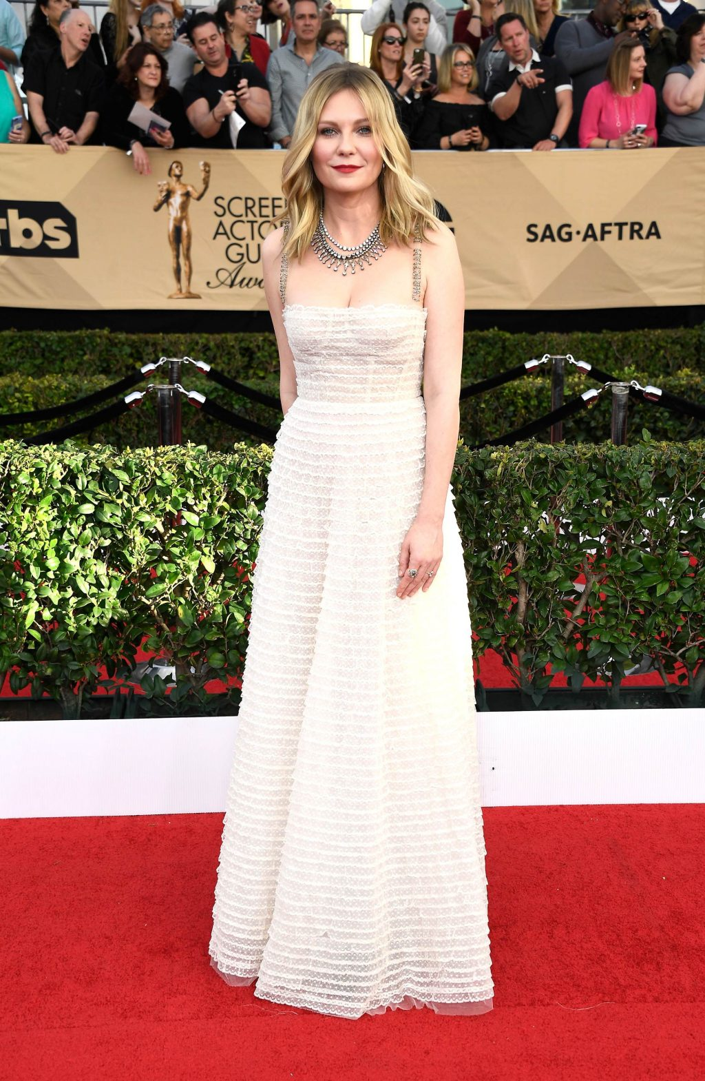 2017 SAG Awards Red Carpet Kirsten Dunst
