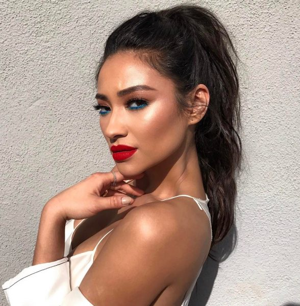 Shay Mitchell Makeup Beauty