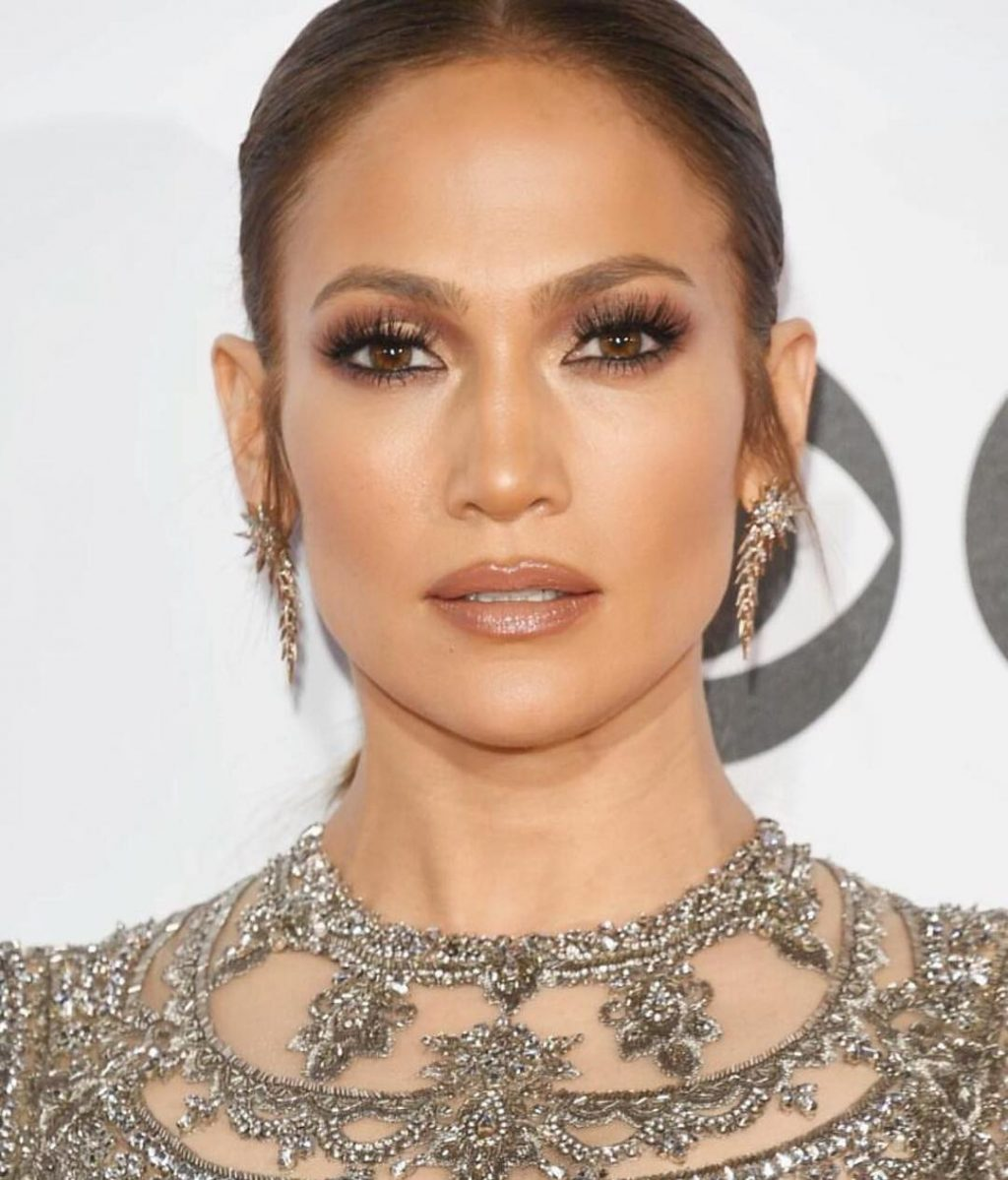 Your Weekend Beauty Inspiration: Jennifer Lopez, Doutzen Kroes, and More