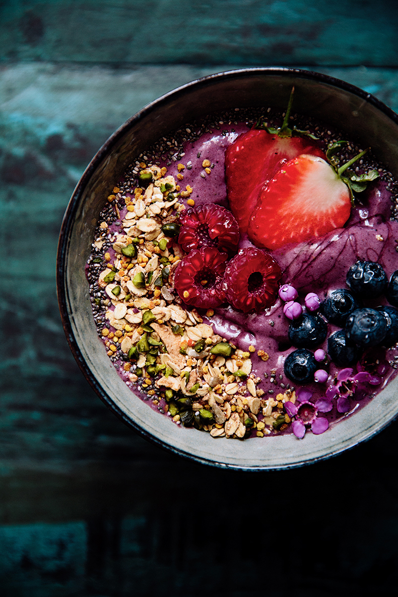acai bowl breakfast bowl