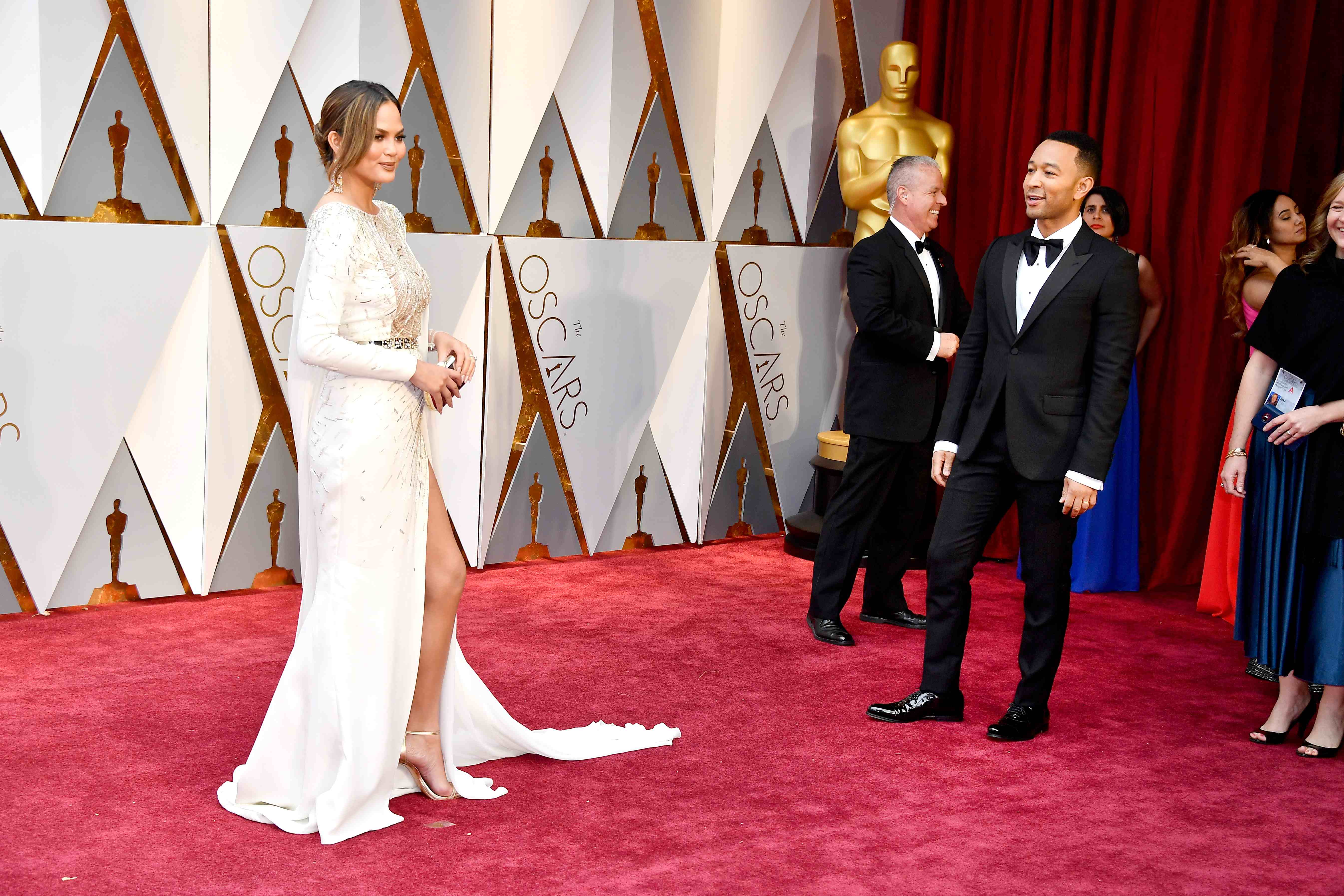 2017 Oscars Red Carpet, Celebrity Couples, Chrissy Teigen, John Legend