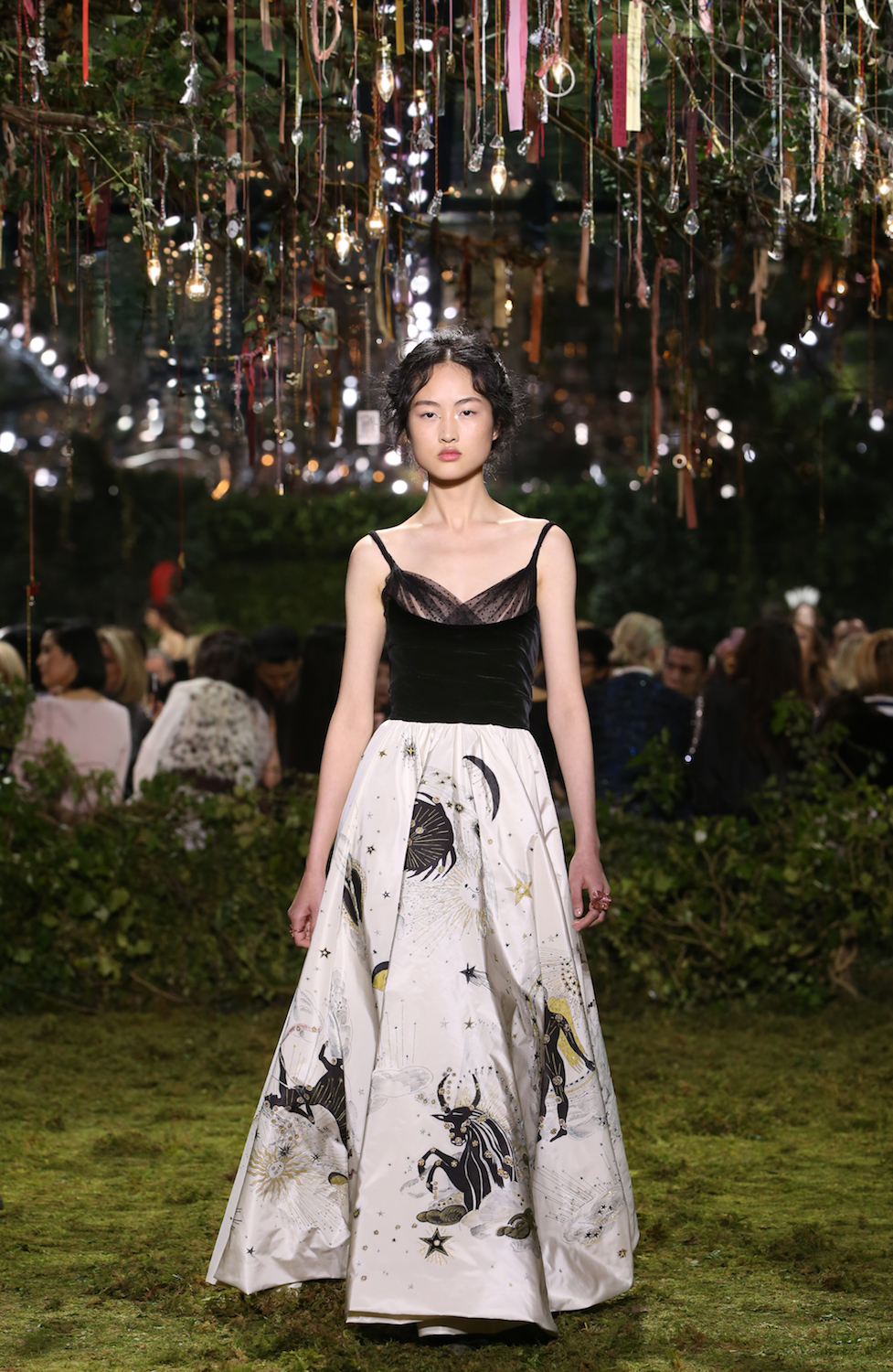 Watch as This Breathtaking Dior Couture Look Comes to Life