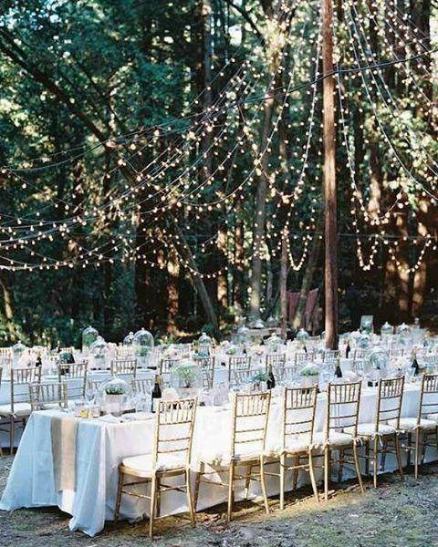 outdoor garden wedding @theweddingpic