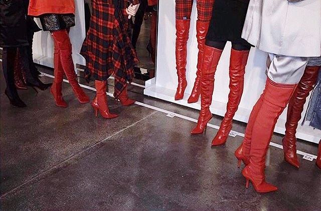 threadsstyling insta Fendi fw17 red boots