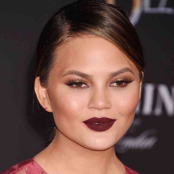 Celebrity Beauty Makeup Chrissy Teigen