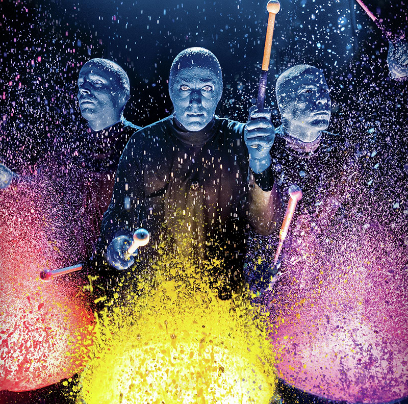 blue man group paint splatter drums source luxor las vegas