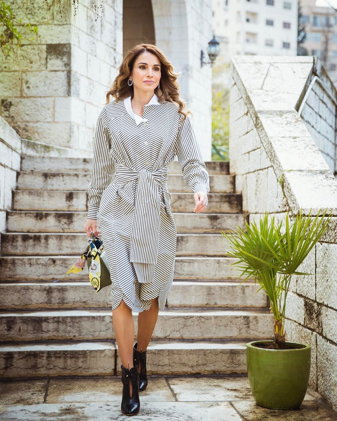 Queen Rania tie-front shirtdress