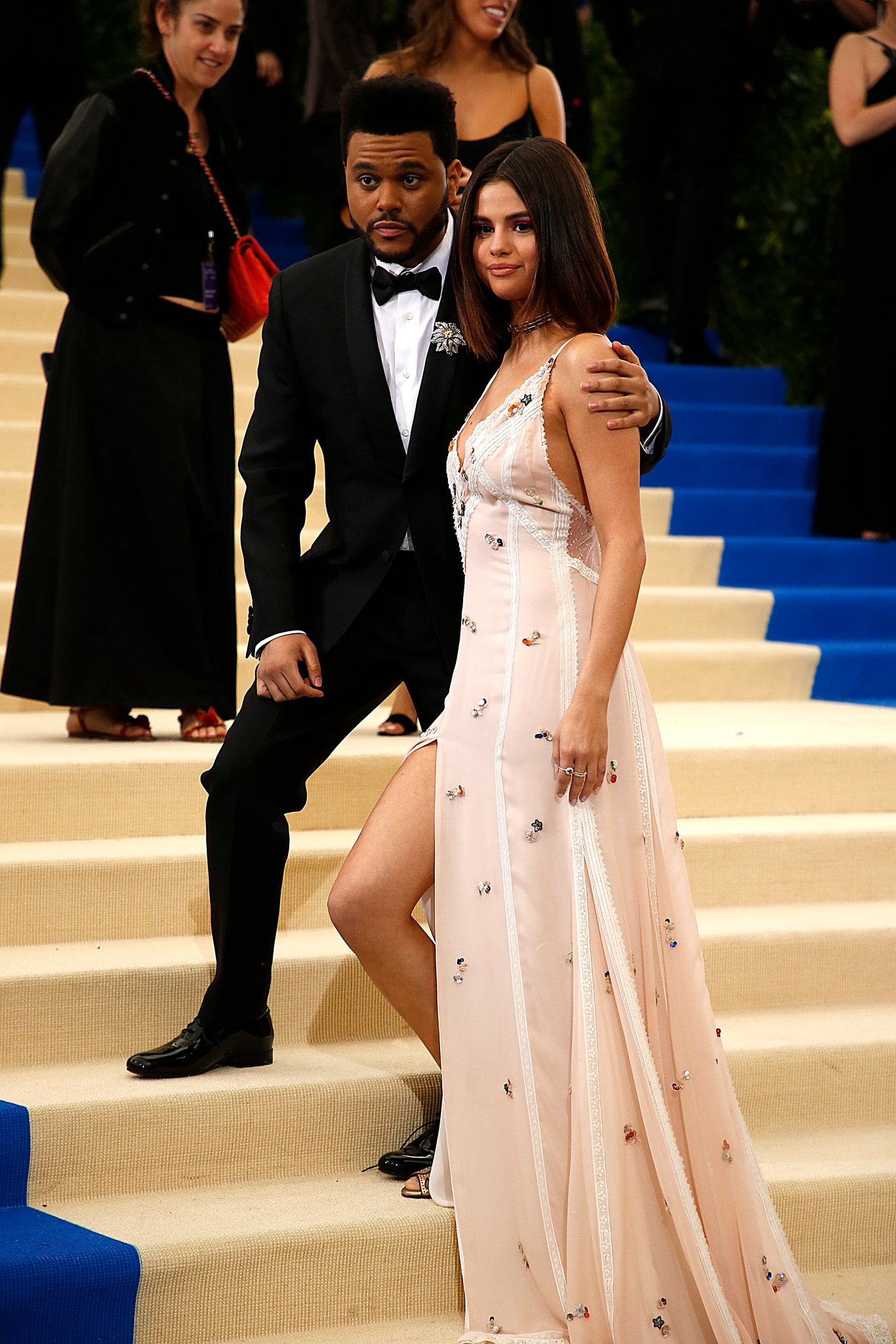 met gala 2017 the weeknd selena gomez