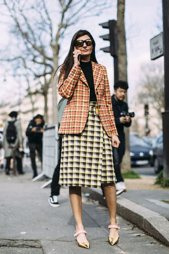Street style pattern clashing - what to wear to a job interview