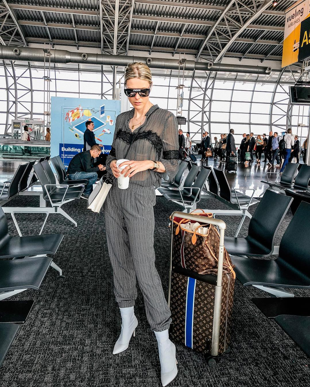 airport Sofie Valkiers