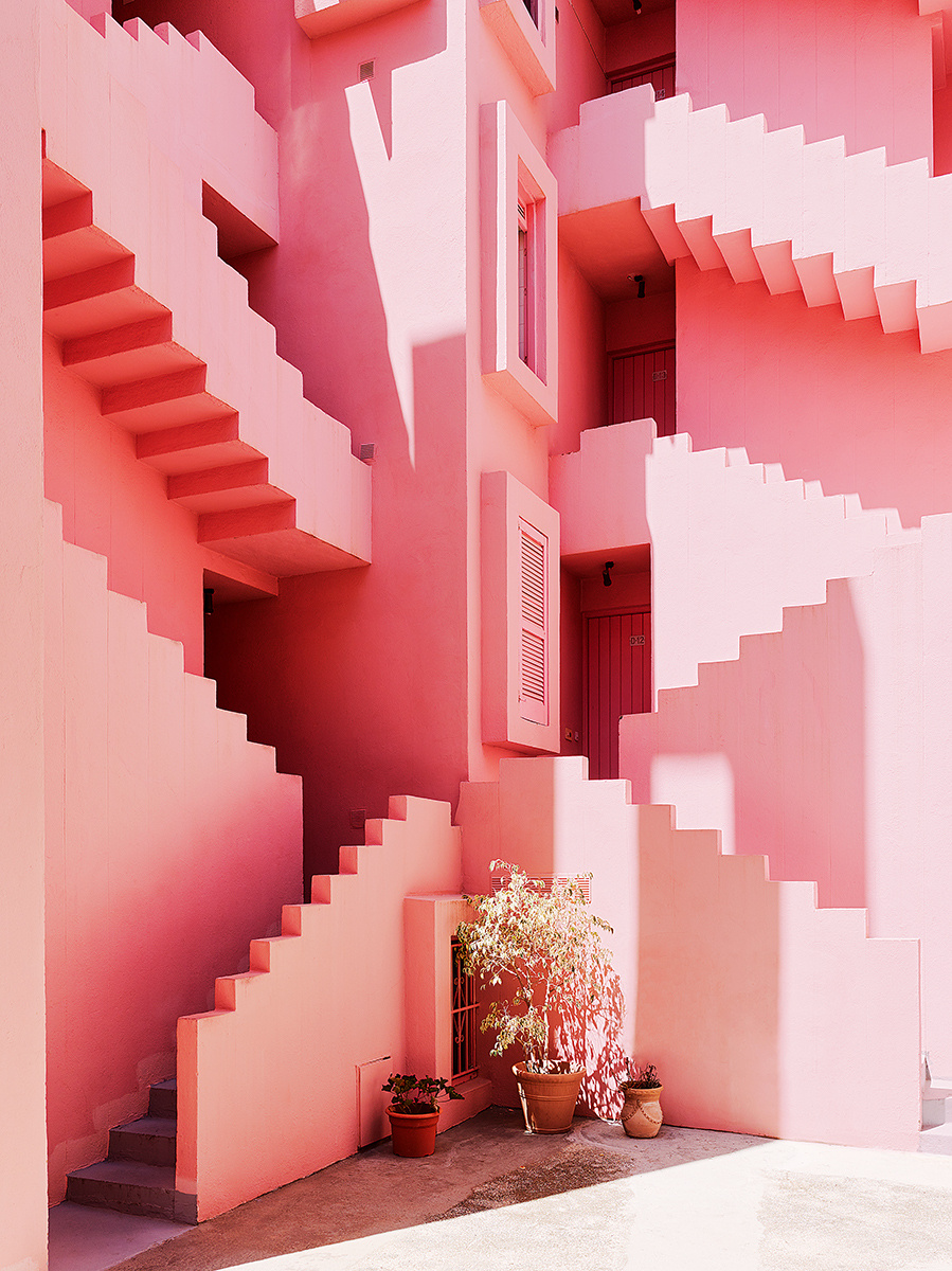 The Red Wall Housing development in Calope, Spain - pink interiors