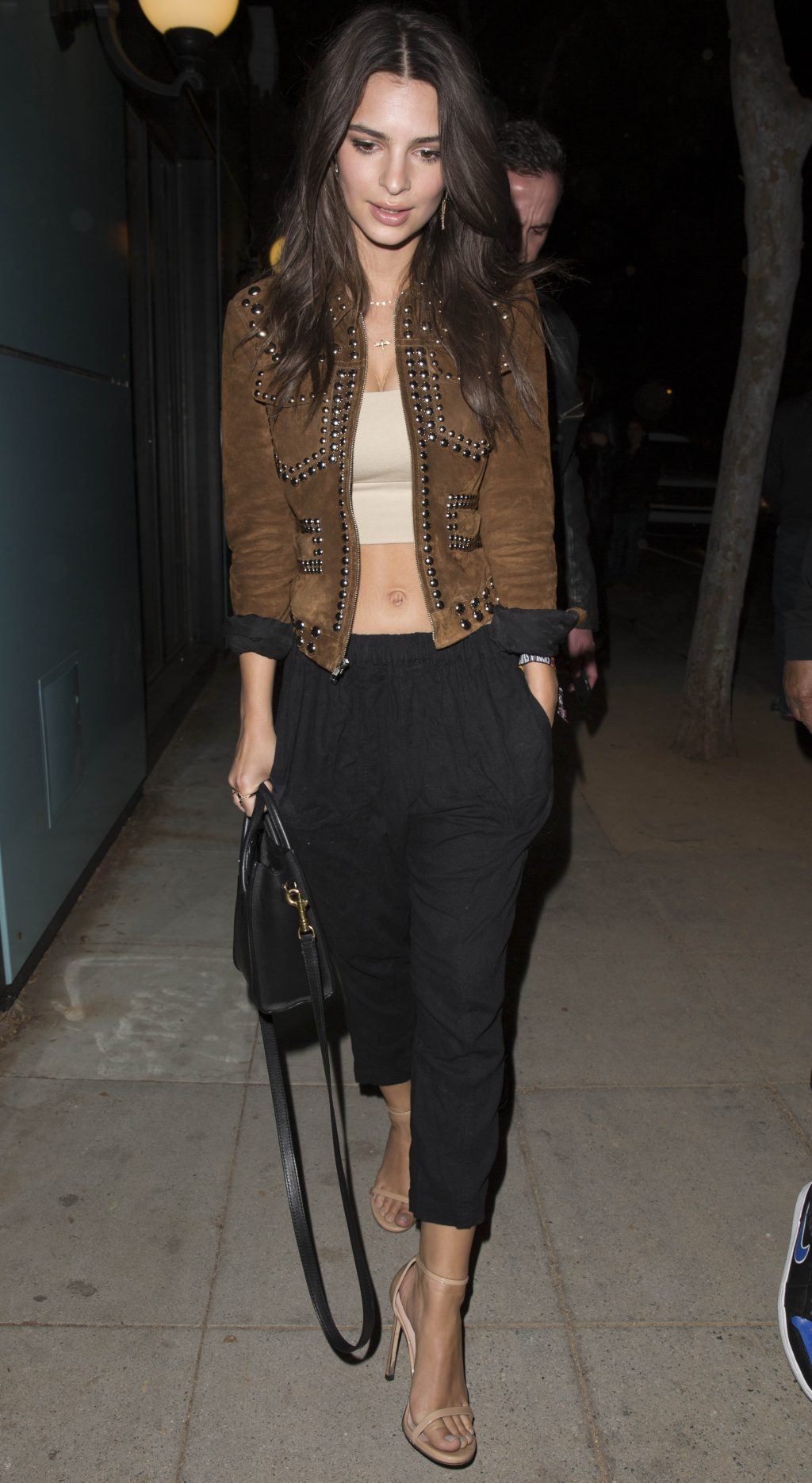 A Look at Emily Ratajkowski's (Foolproof) Date-Night Outfit Formula