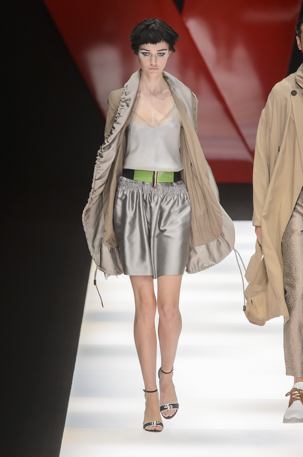 Armani emporio spring runway review advise to wear in everyday in 2019