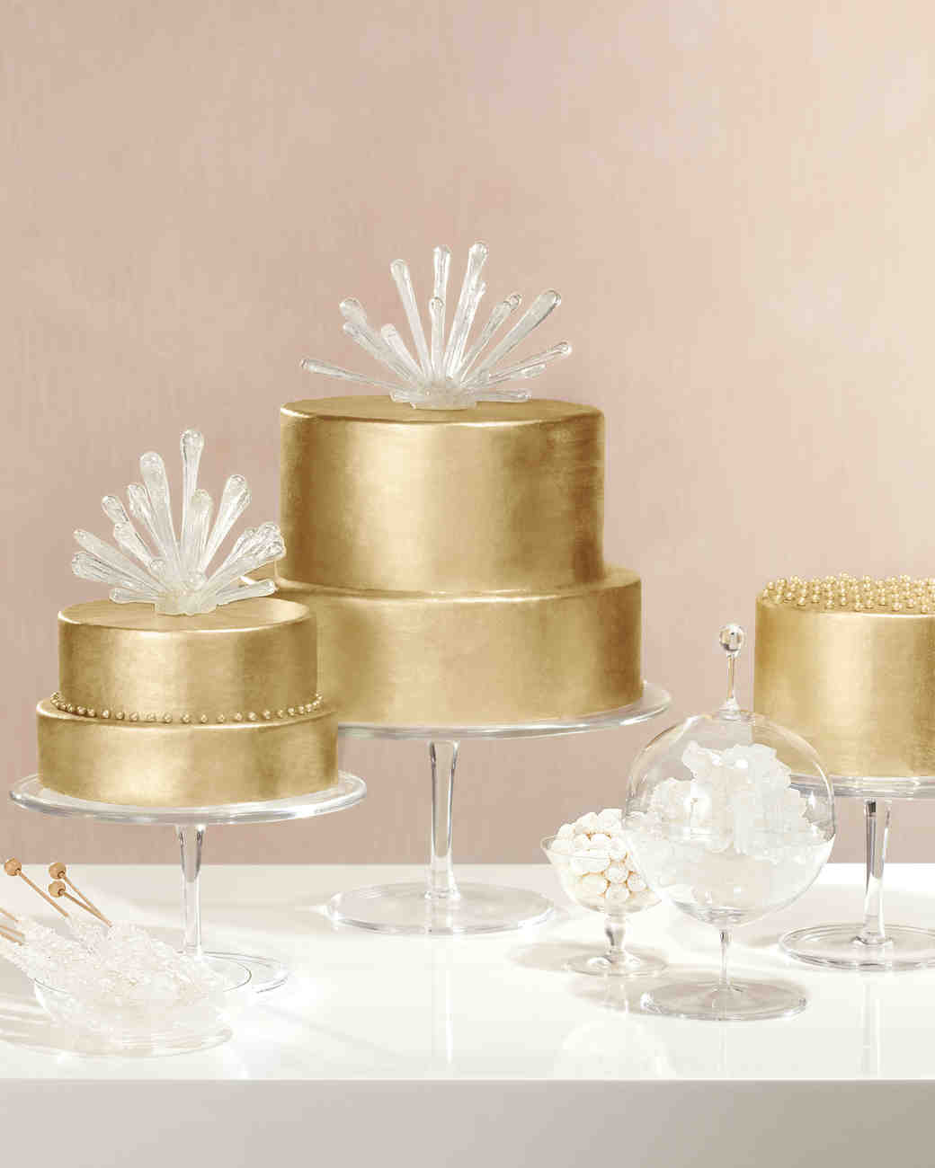 sputnik gold wedding cake