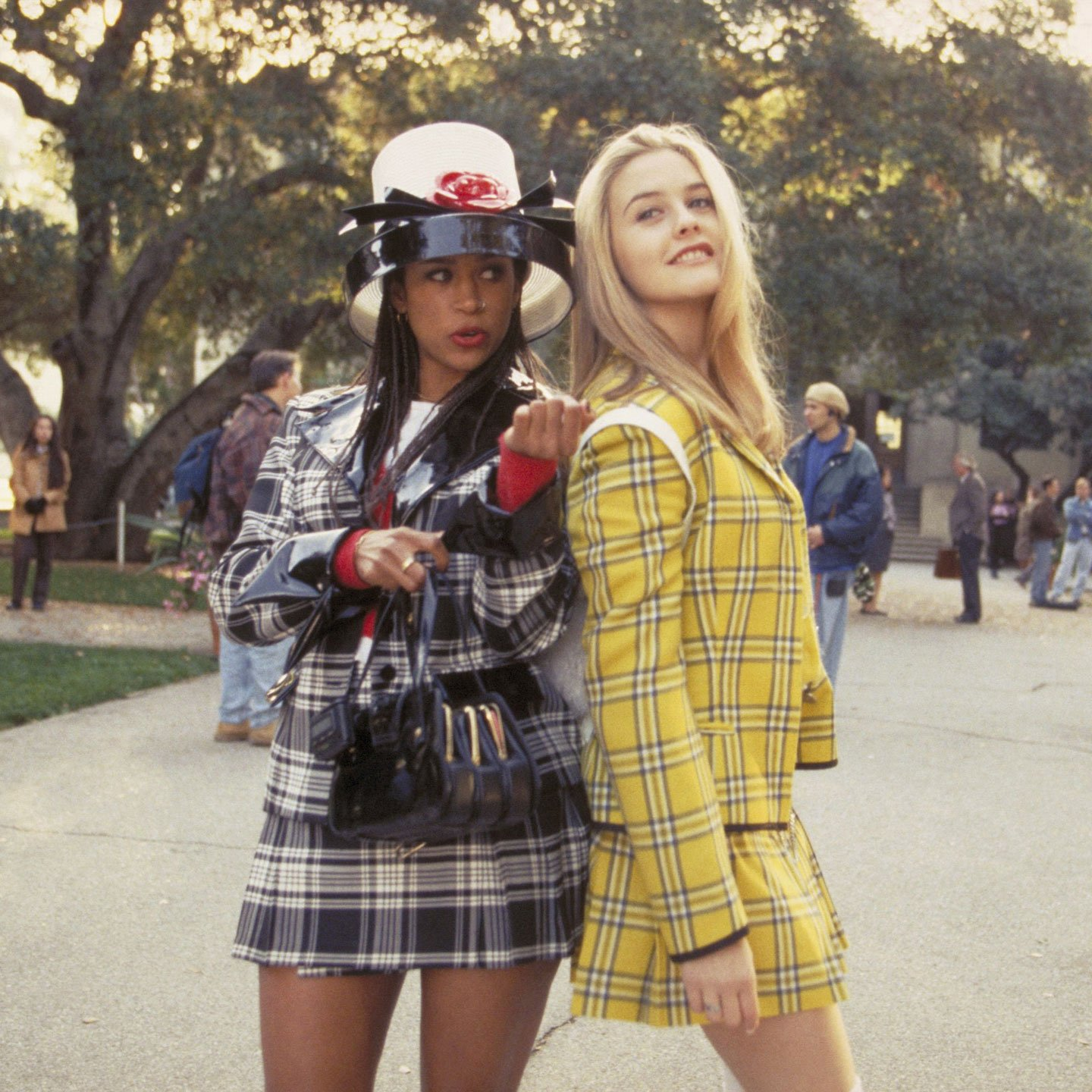 Alicia Silverstone and Stacy Dash as Cher and Dione from Clueless