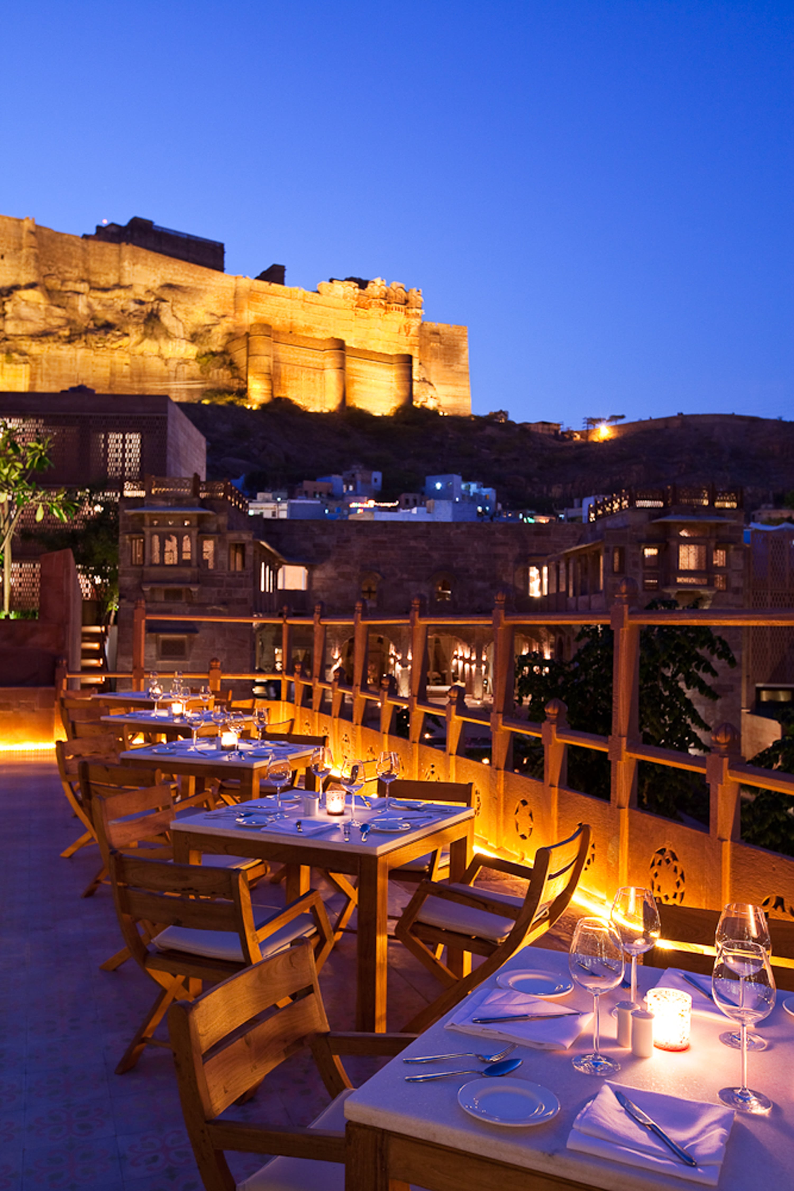 Darikhana Restaurant Outdoor raas hotel india-min