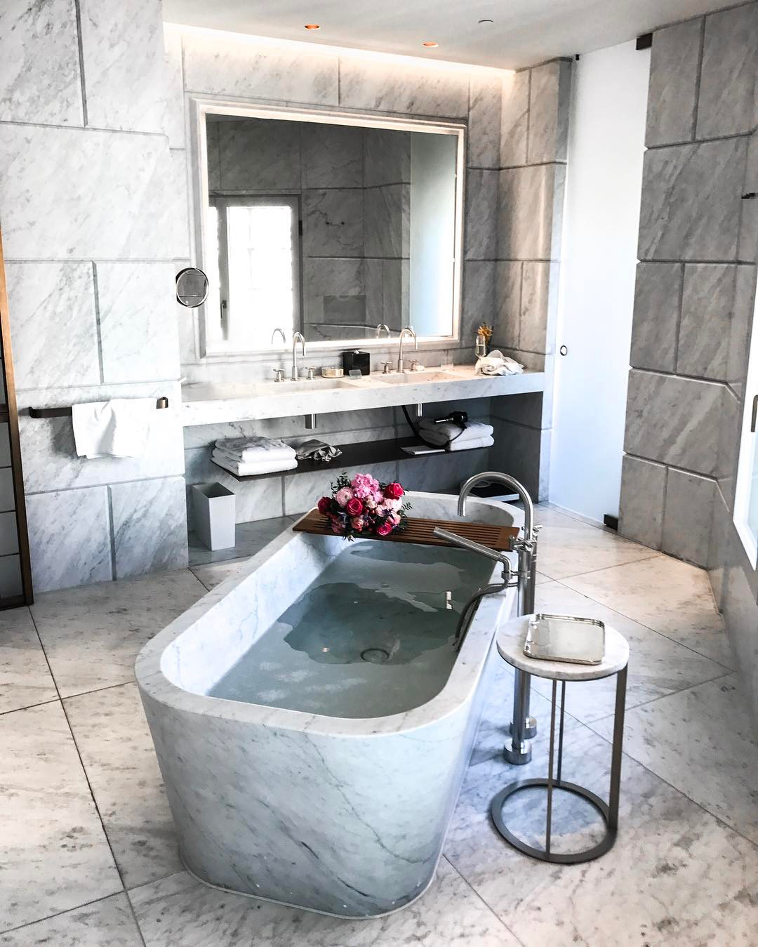 Hotel Café Royal Is Londons Most Instagrammable Hotel Savoir Flair - Royal bath tubs
