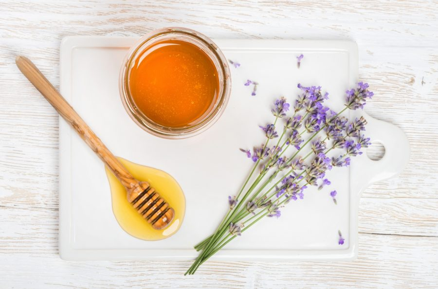 DIY Anti-aging face mask honey lavender