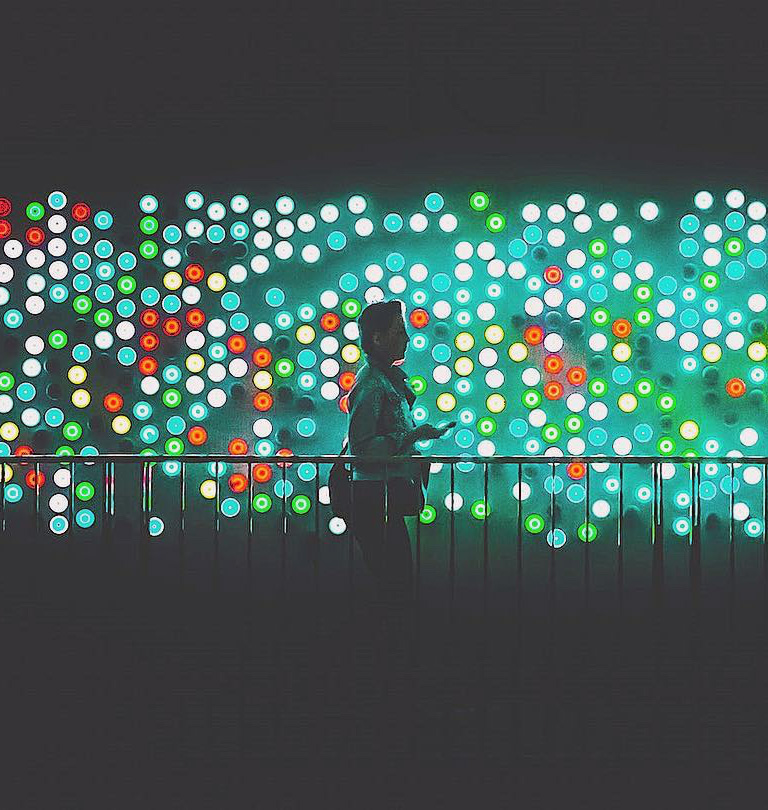 dubai design week light art installation