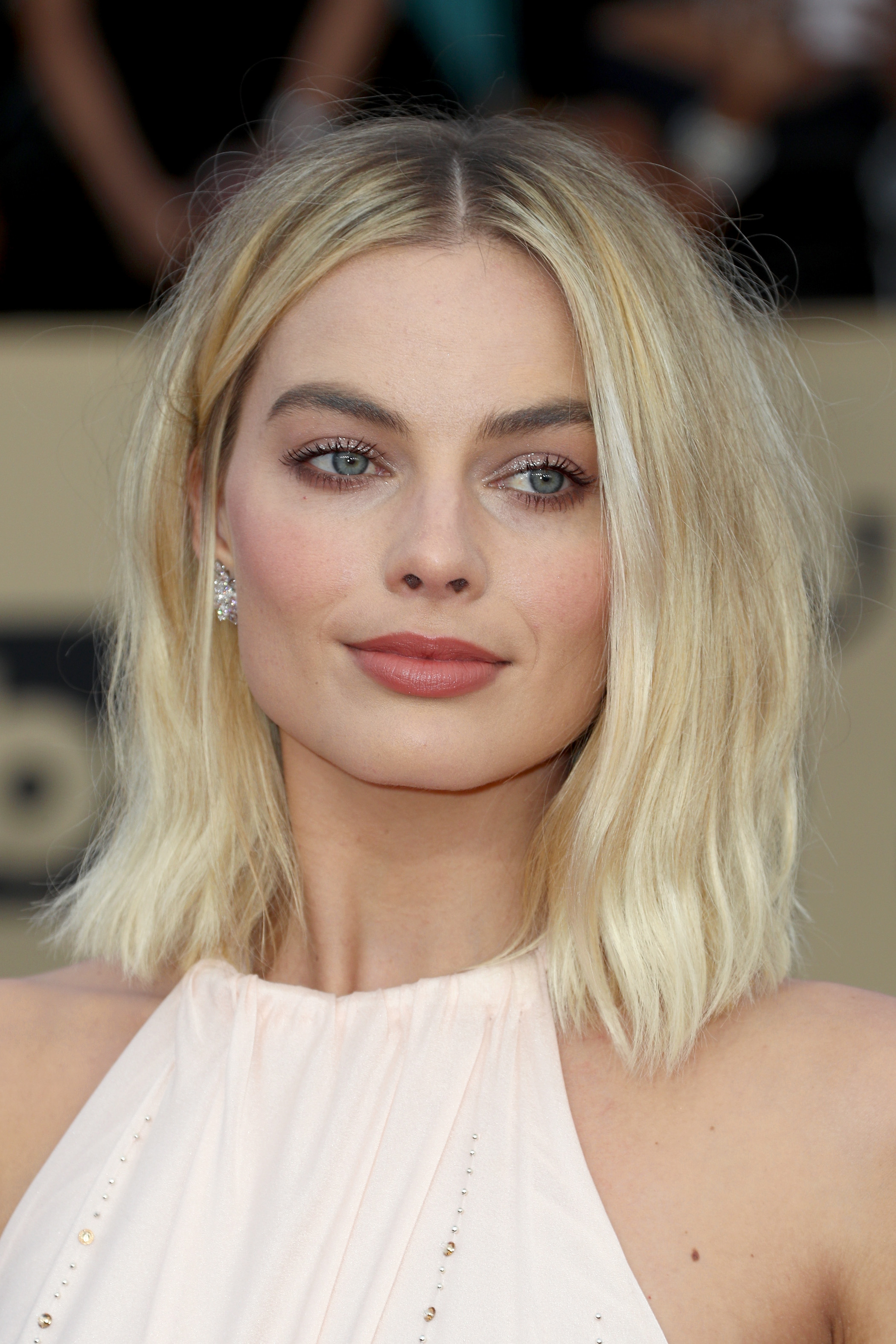 2018 SAG Awards Beauty Margot Robbie