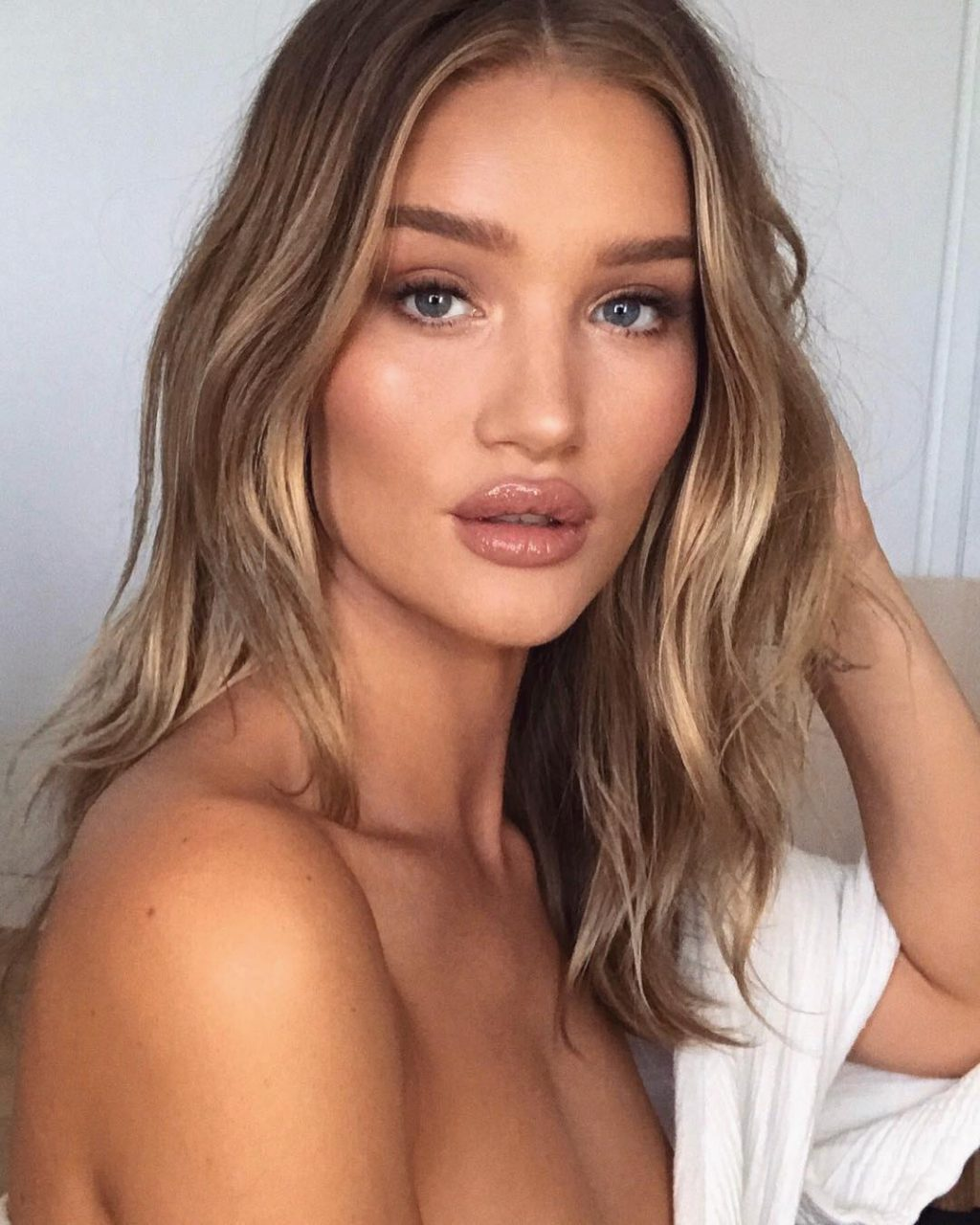 In Honor of Rosie HW's Perfect Pout, We Test the Top Lip Plumping Products