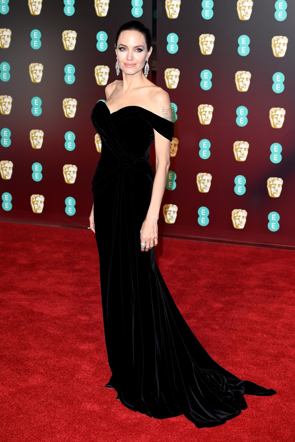 1 Color, 10 Celebrities – See Who Stunned at the 2018 BAFTA Awards