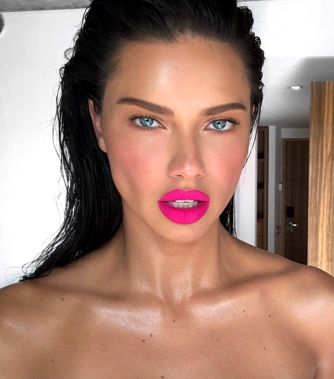 Fotos adriana lima naked (81 photo), Sexy, Fappening, Instagram, braless 2017