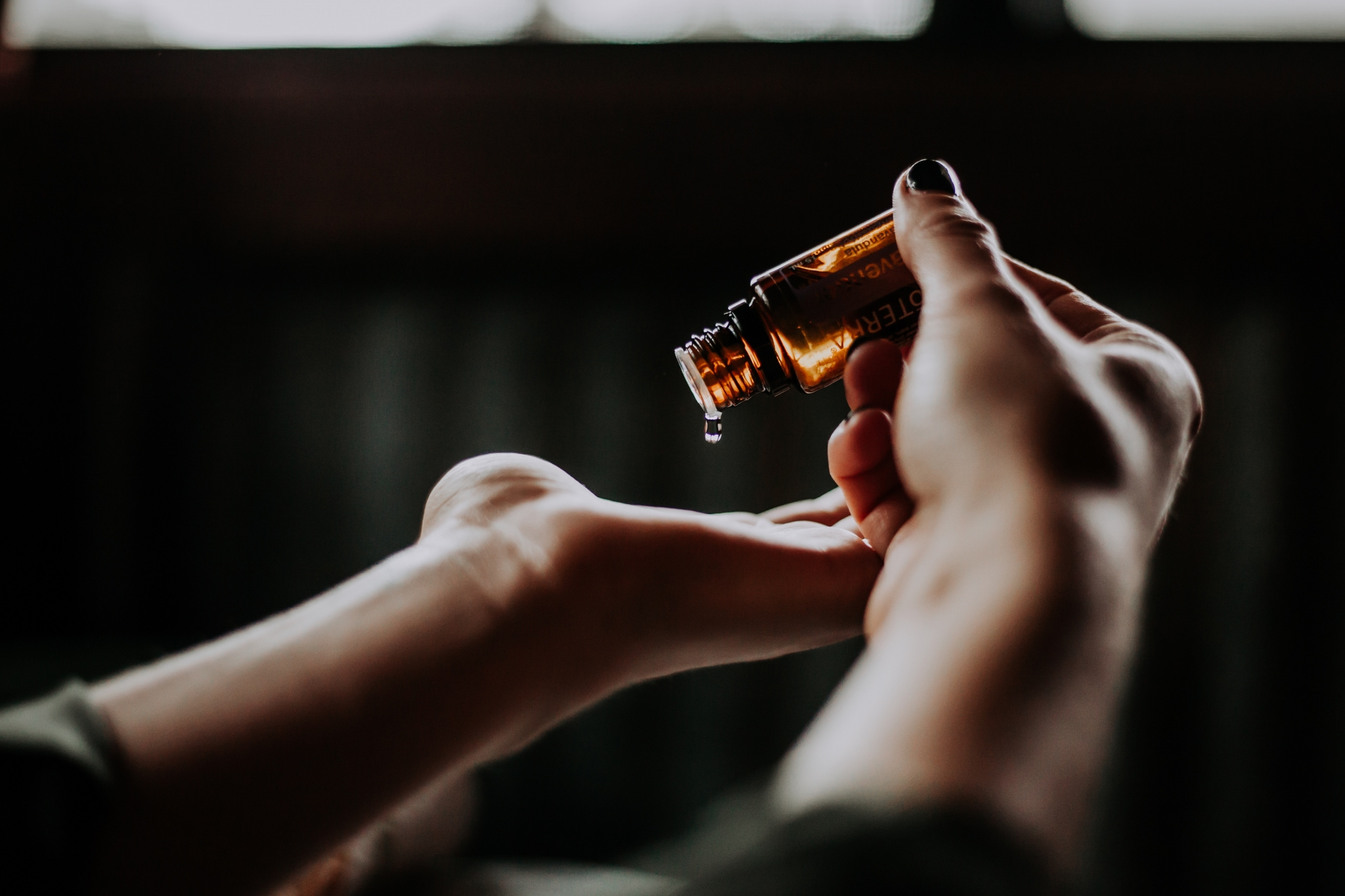 christin hume unsplash essential oil aromatherapy