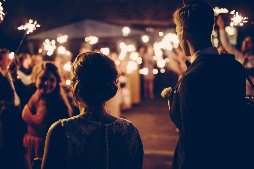 wedding sparklers andreas ronningen 29698 unsplash