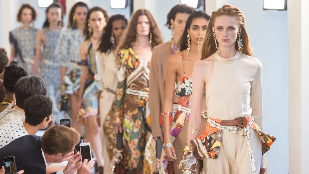 Chloé Gets Bitten by the Travel Bug for Spring/Summer 2019