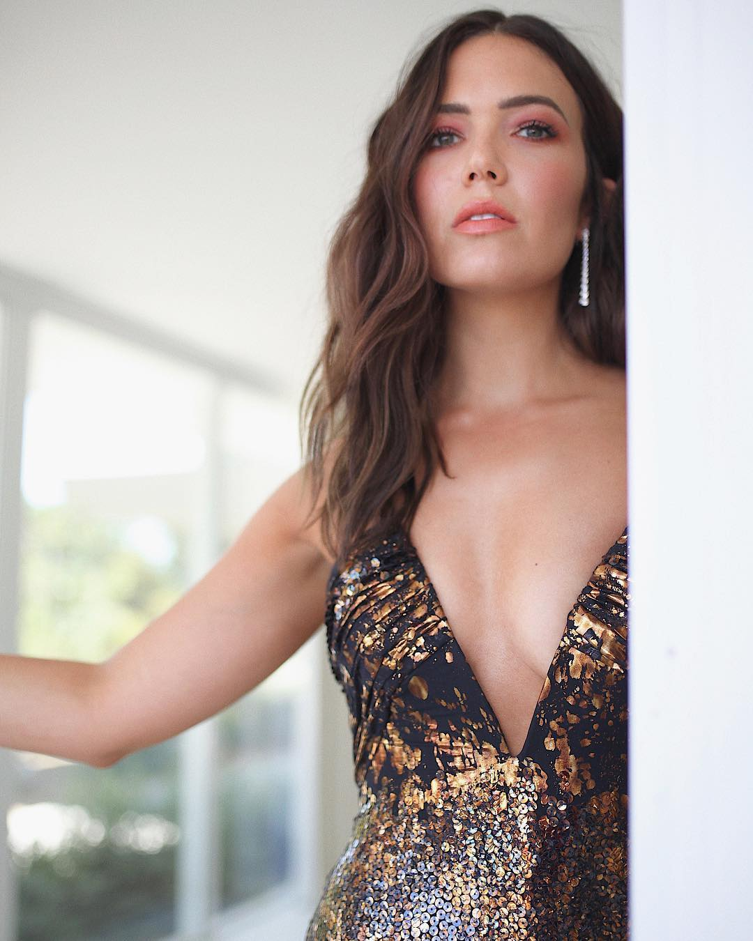 Emmy's 2018 Beauty Mandy Moore