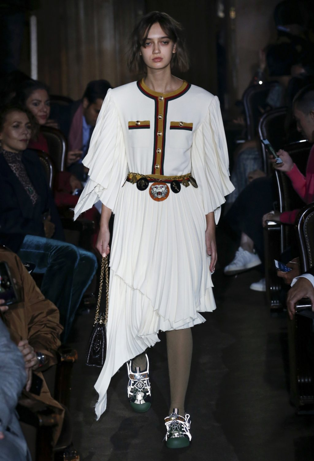 Gucci Does Parisian Glamour for SS19 – But With a Twist