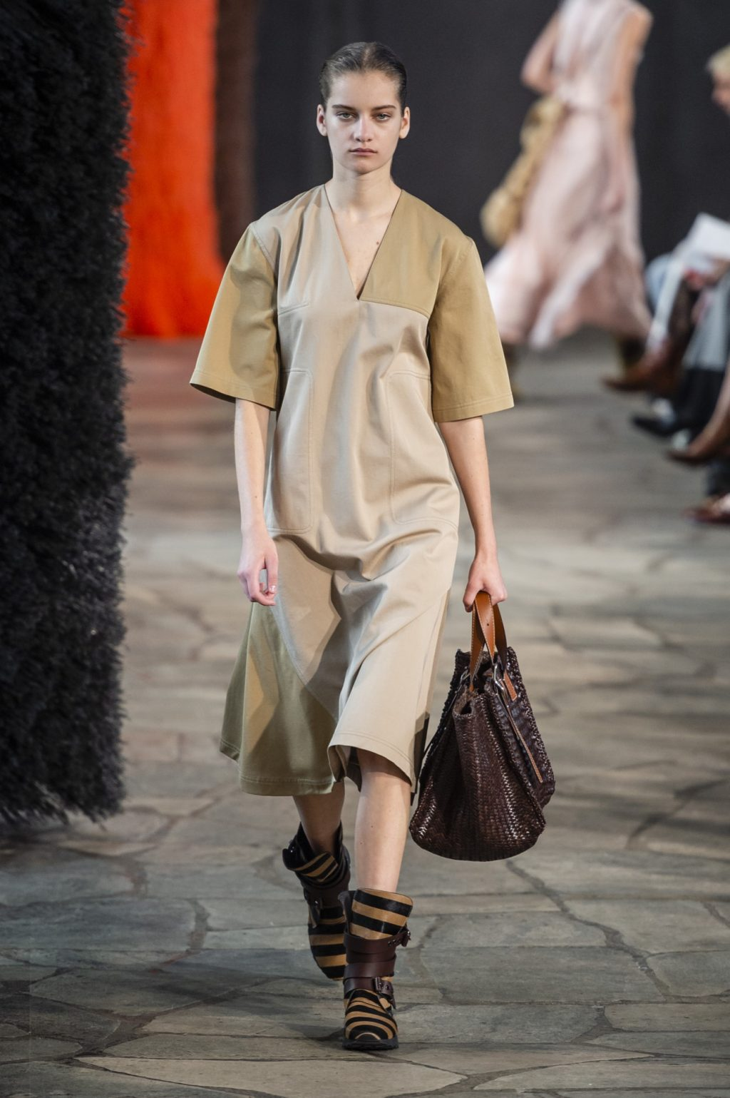 Loewe Does Luxe Arts-and-Crafts for Spring 2019