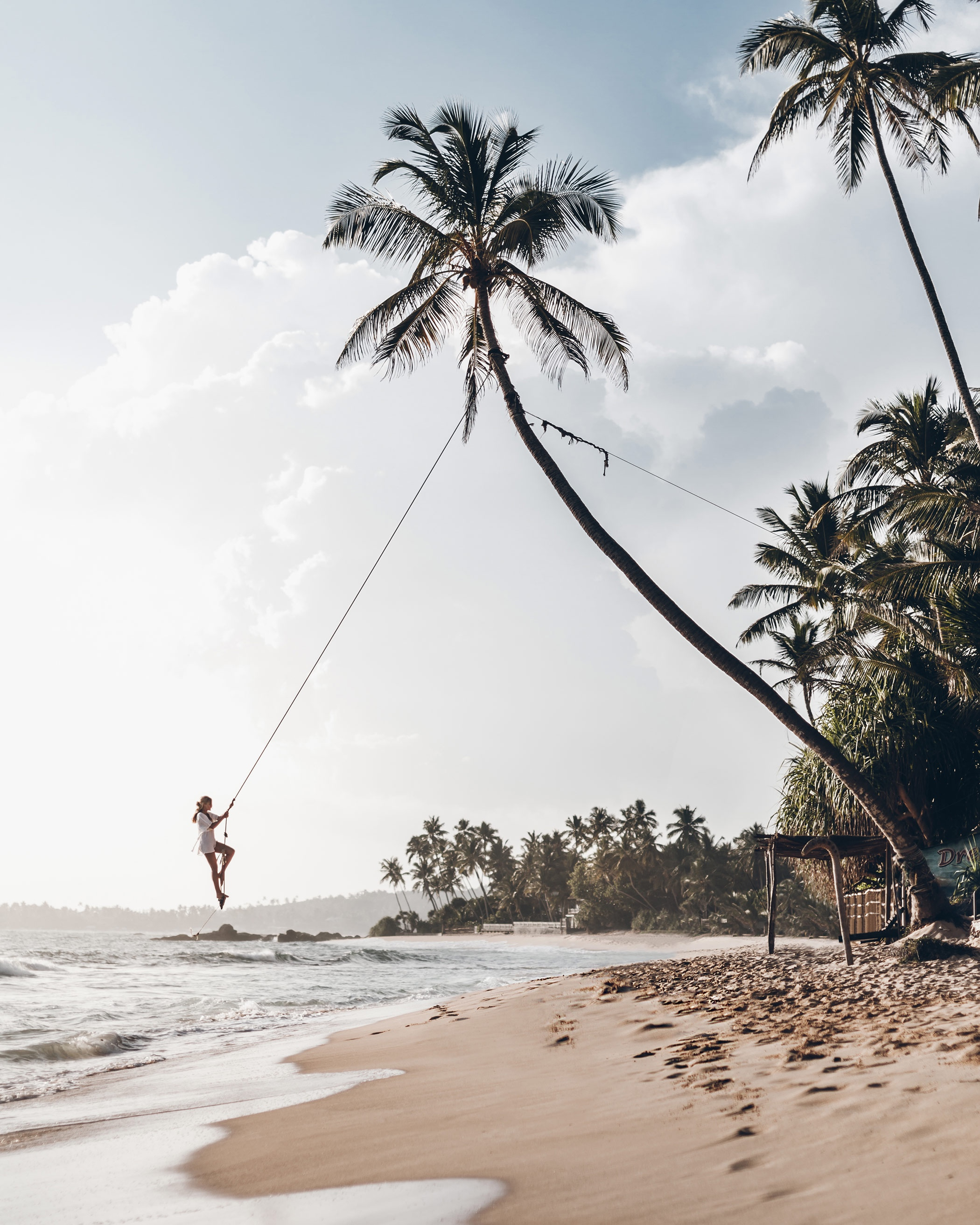 sri lanka dalawella beach swing