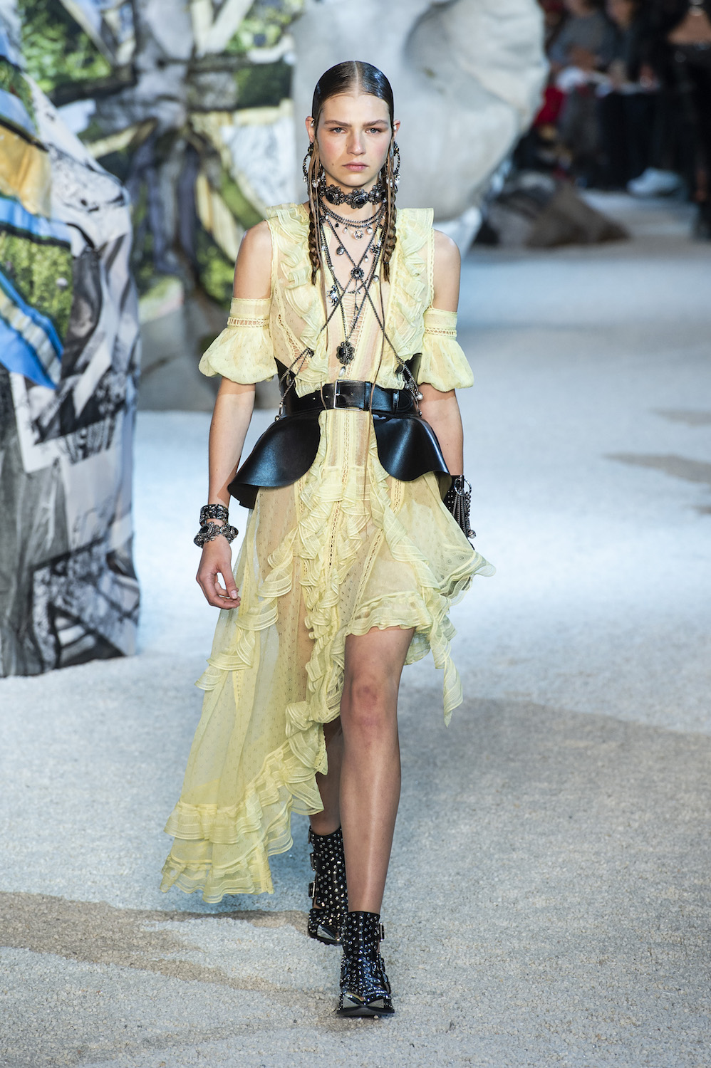 Alexander McQueen s Spring Collection Reminds Us of Fashion s Fantasy Side 9218f86bfd60c