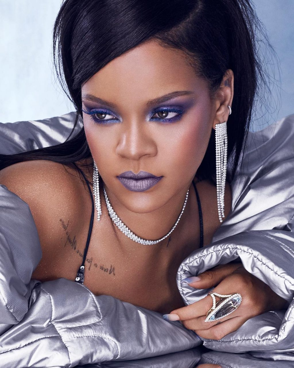 Rihanna Finally Has a Makeup Tutorial (and It's Right Here)