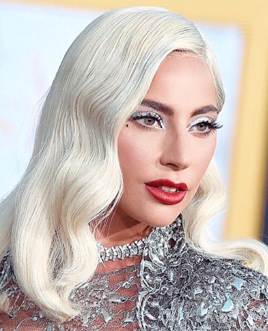 0ecb6f87364 The Best Celebrity Beauty Looks – October 4, 2018 - Savoir Flair