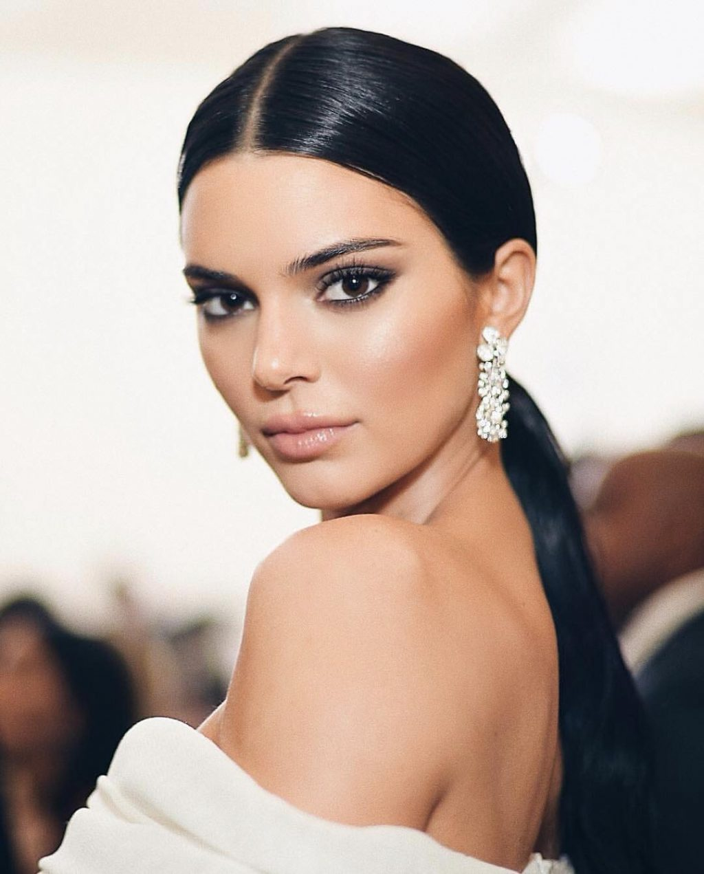 Kendall Jenner Is Single-Handedly Bringing Back the Nude Lip