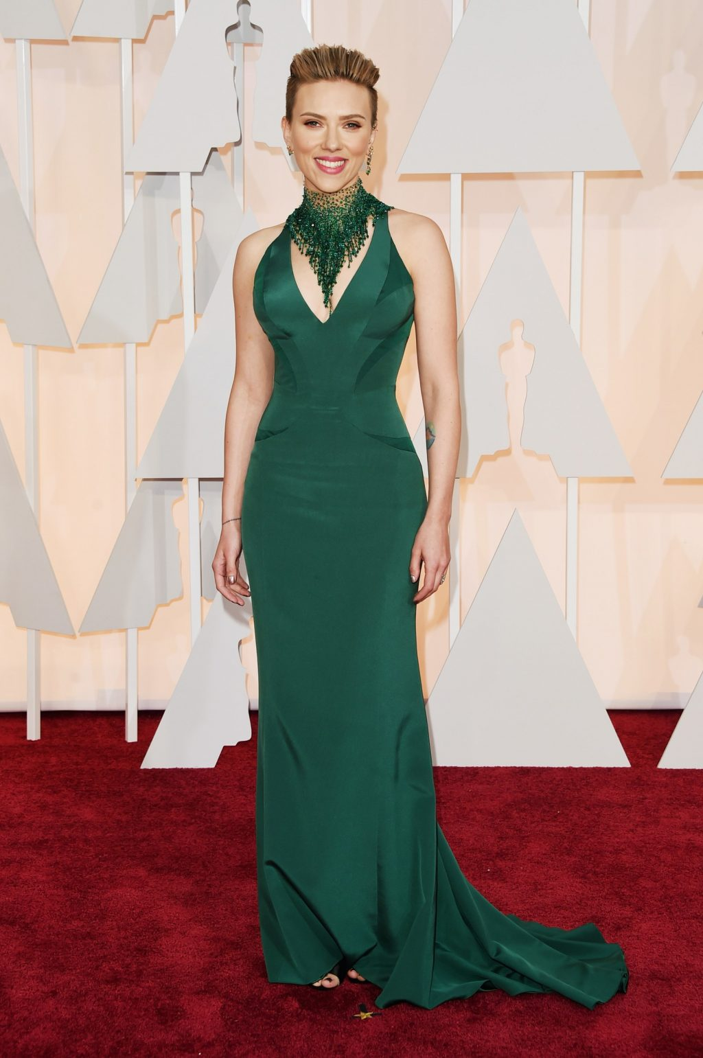 Scarlett Johansson May Be 34 Today, But Her Red Carpet Style? Ageless