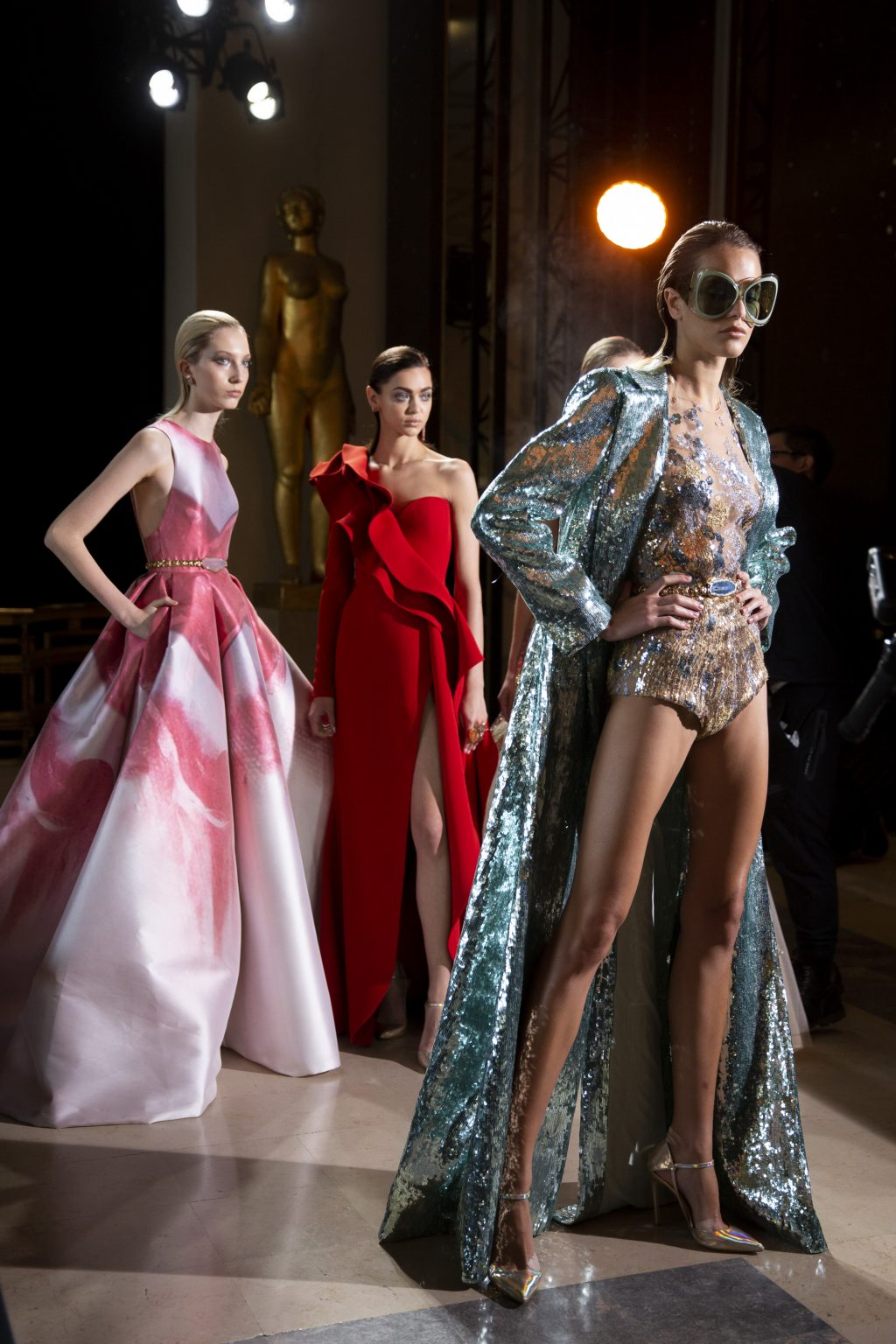Elie Saab Pays Tribute to the Shores of Beirut for Spring 2019 Couture