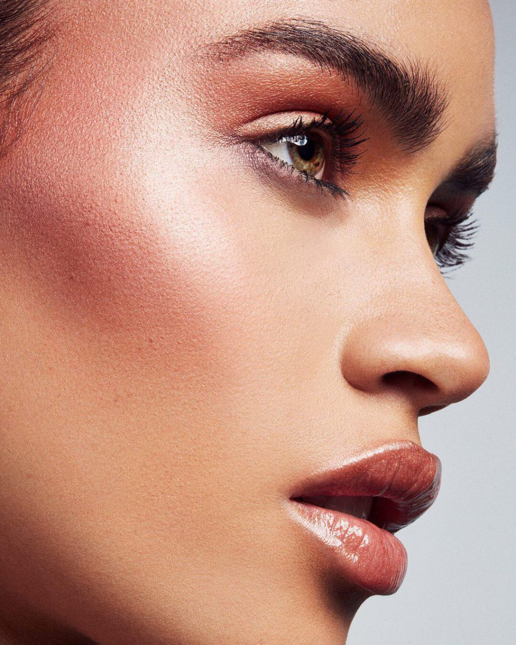 Glow and Behold, the Absolute Best Highlighting Sticks in the Business