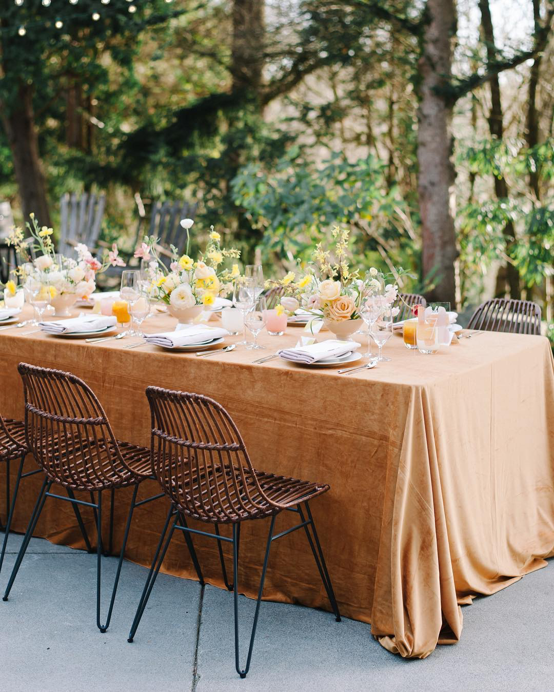 velvet line garden wedding table decor