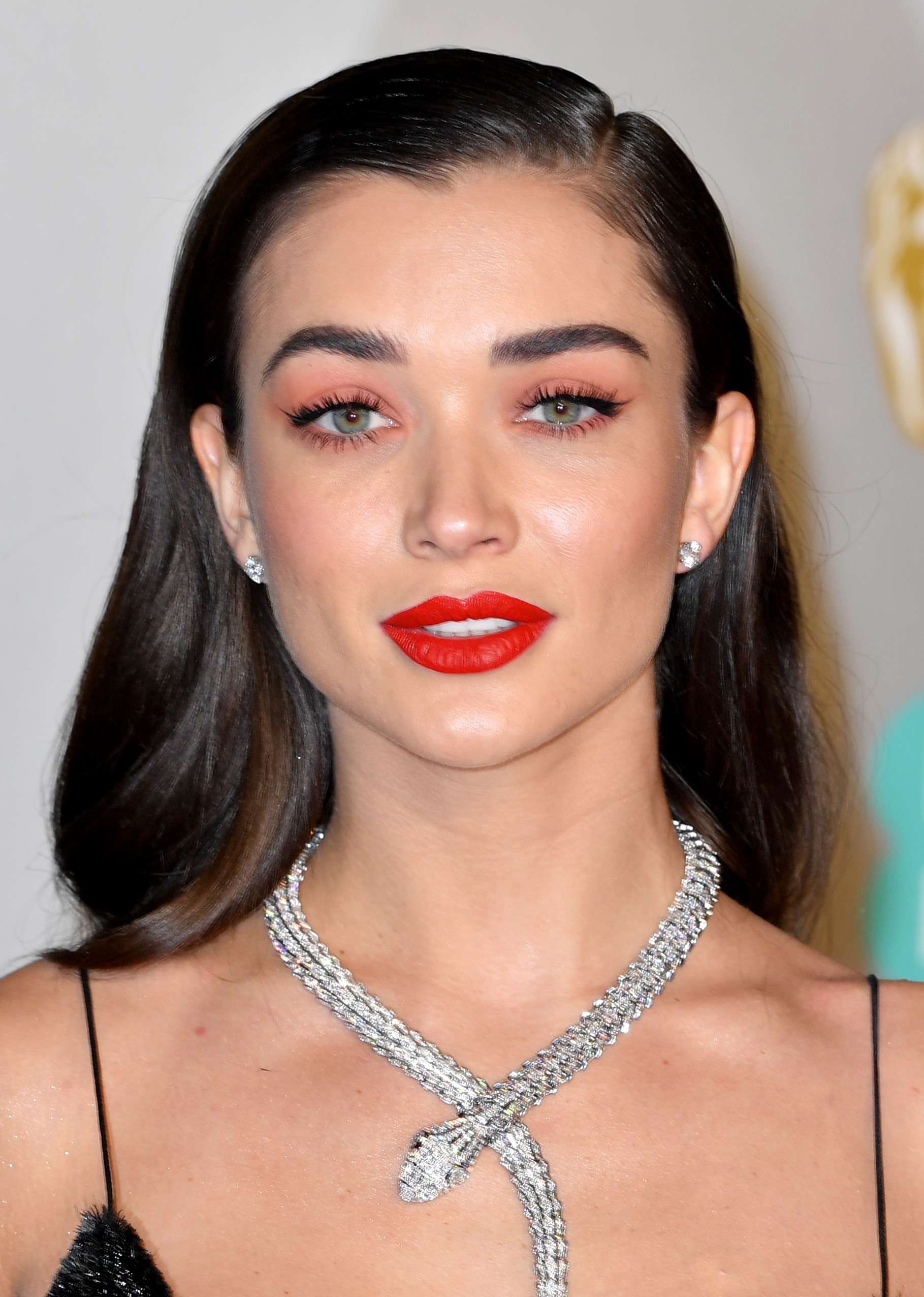 2019 BAFTAs beauty amy jackson