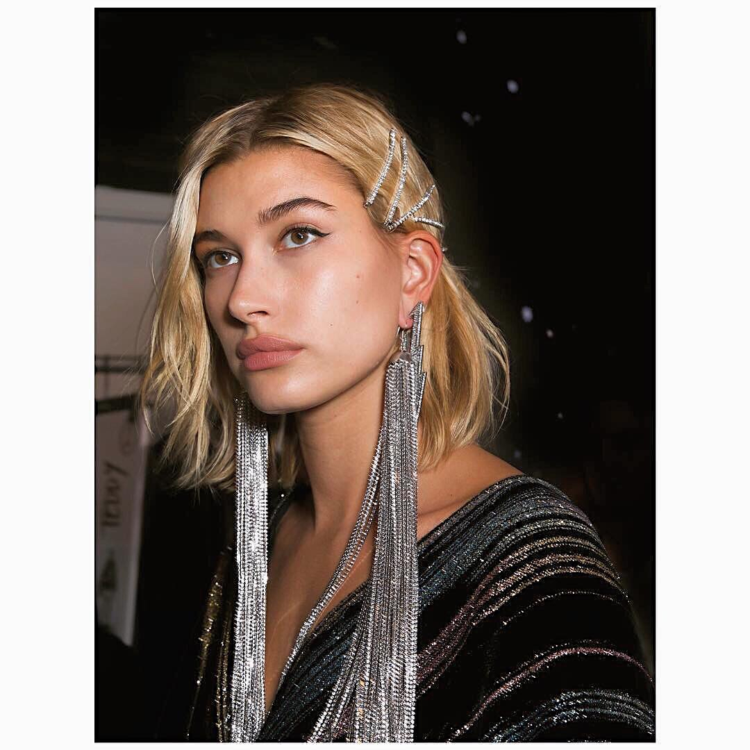 sparkly accessory hair trend