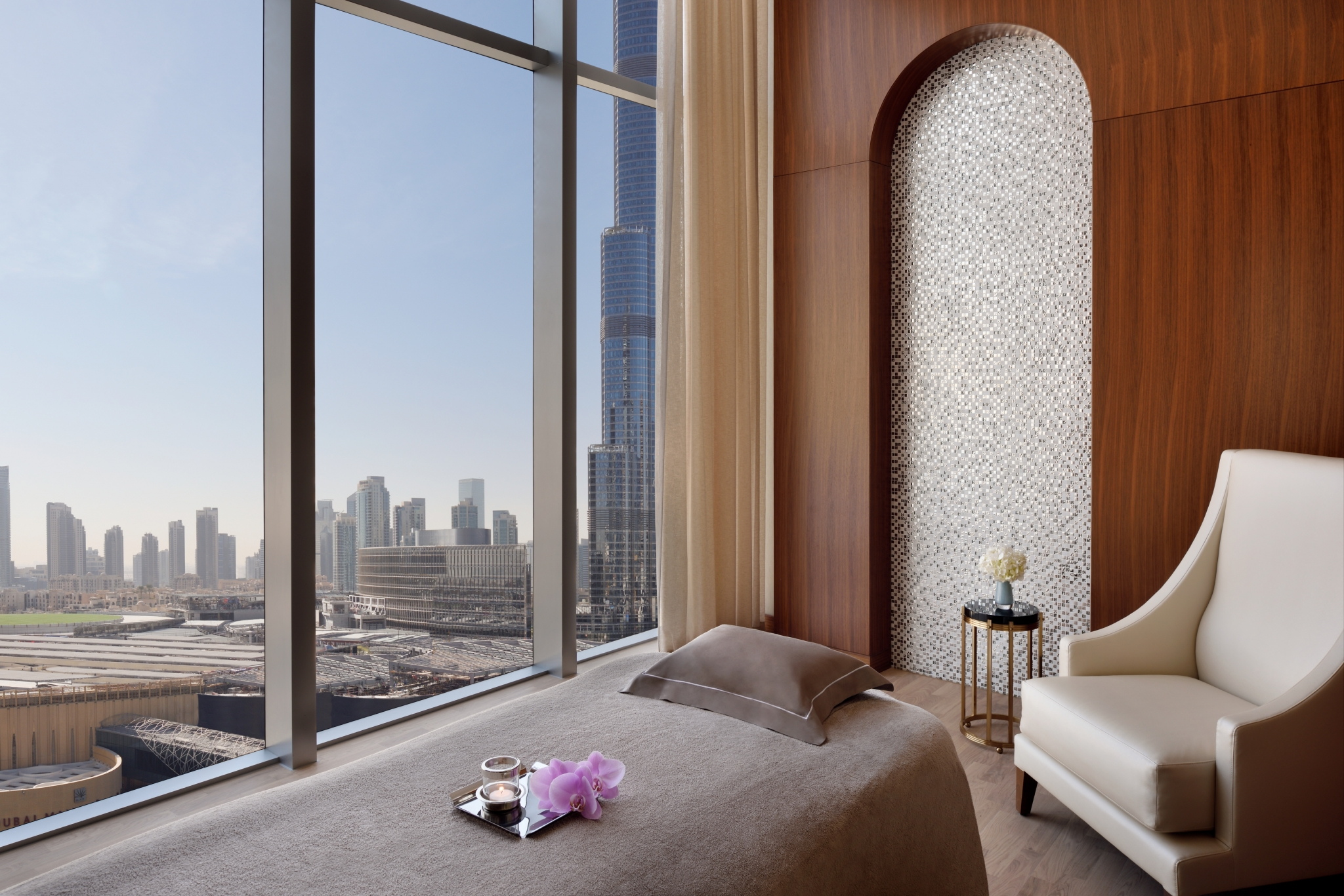 Address Boulevard Dubai Spa treatment room