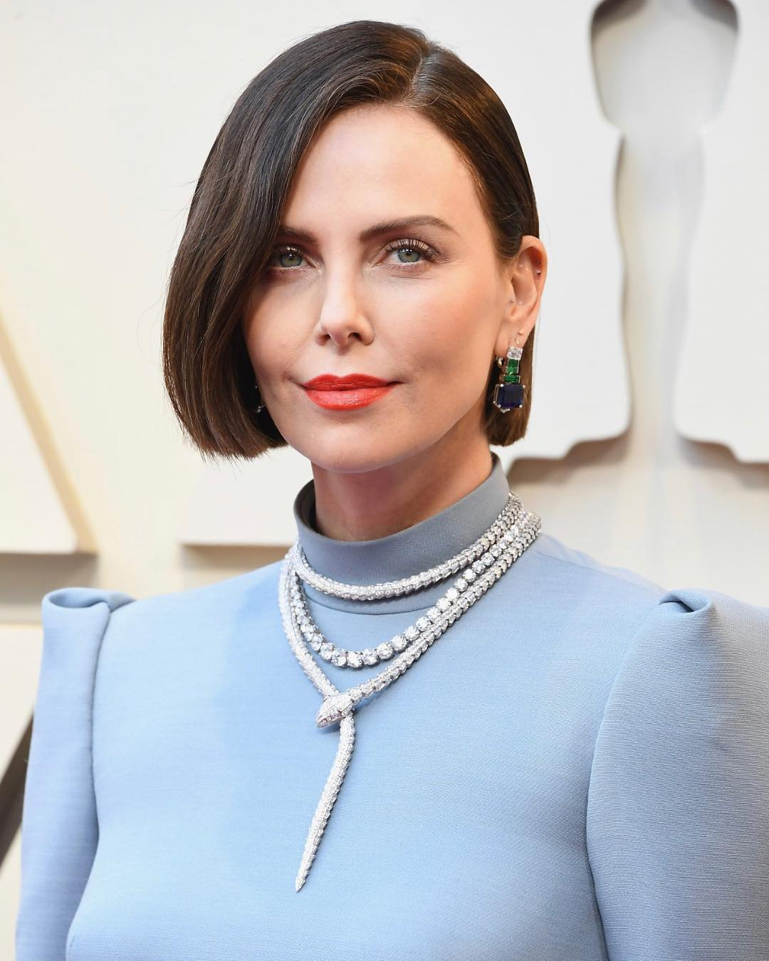 Oscars 2019 beauty charlize theron