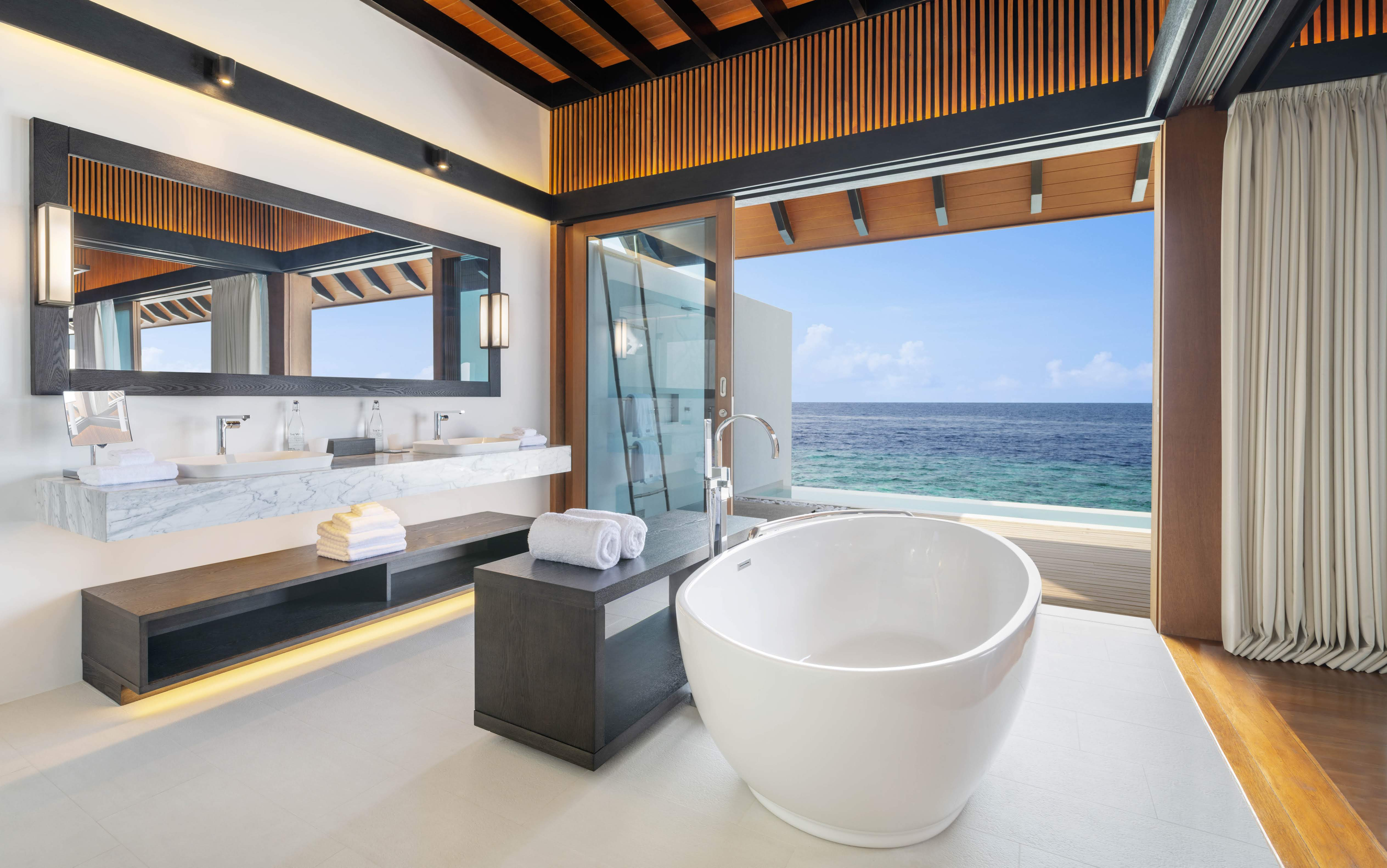 Westin Maldives Overwater villa bathroom