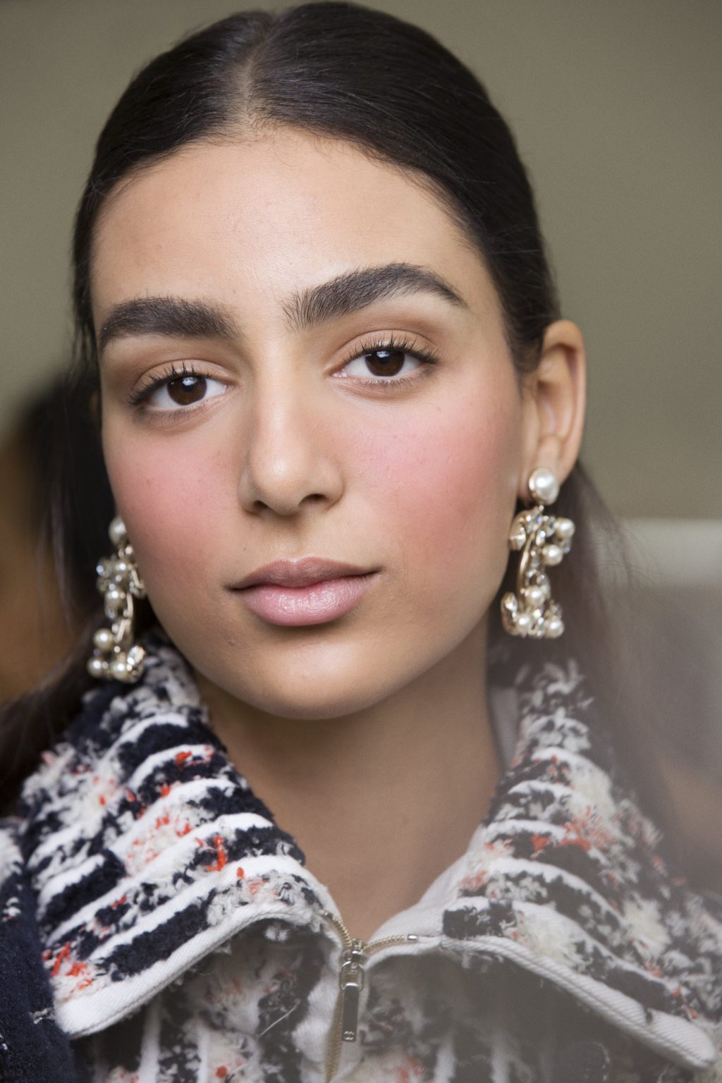 Only We Can Reveal How to Recreate Chanel's Slopeside Beauty Look
